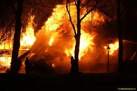 Boerderijen gaan in vlammen op